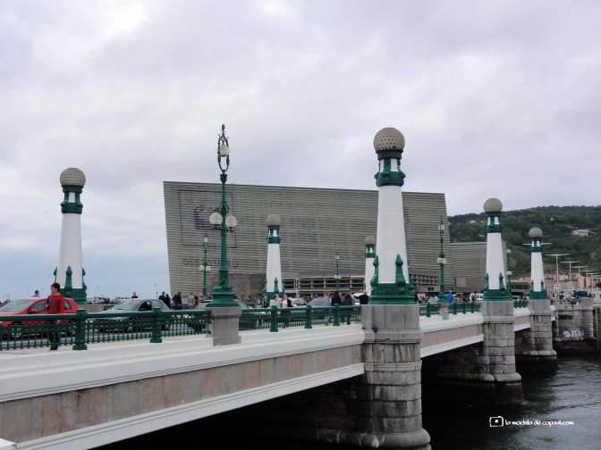 Kursaal, puente Zurriola